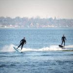 E-Surfboard von CURF im Yachthafen Rathje in Kiel