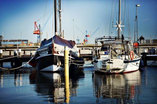 Yachthafen Rathje mit Wasseriegeplätzen
