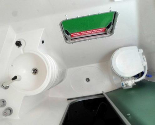 Bordtoilette einbauen oder nachrüsten